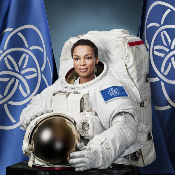 Rufs kommer att bära International Flag of Planet Earth